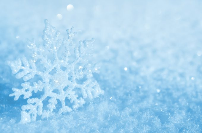 Snow background with decorative snowflake